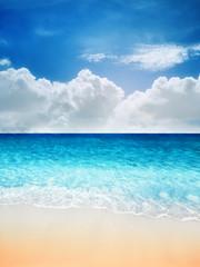 Fototapete - tropical sandy beach sea wave and blue sky