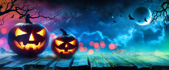 Wall Mural - Halloween Pumpkins Glowing In Fantasy Night