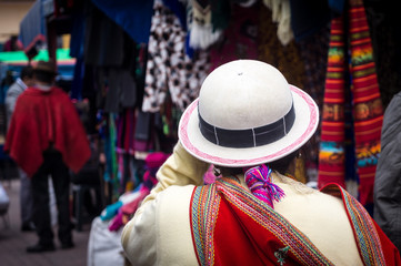 Foto op Aluminium Zuid-Amerika land Tenue traditionnelle équatorienne