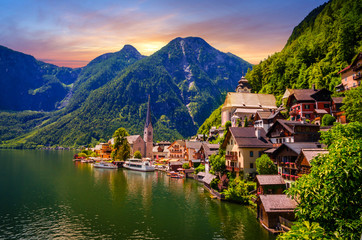 Wall Mural - Fantastic sunset in Hallstatt village and alpine lake, Austrian Alps,  Salzkammergut, Austria, Europe