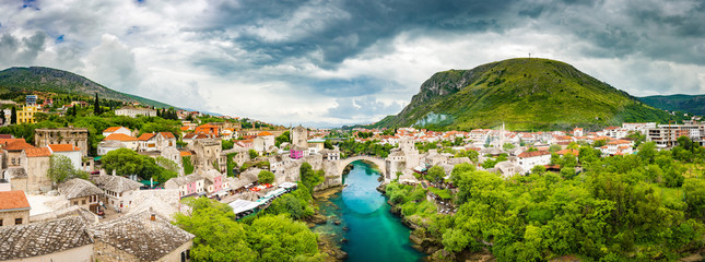 Wall Mural - Old town of Mostar with famous Old Bridge (Stari Most), Bosnia and Herzegovina