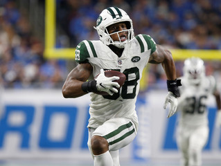 New York Jets Darron Lee runs for a touchdown against the Detroit Lions during the second half of their NFL game in Detroit,