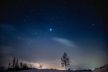 夜明け間際の星空 / 北海道美瑛町の風景