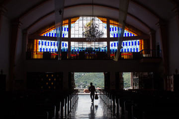 Contraluz en Templo Católico