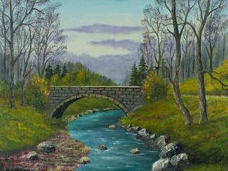 Alte Steinbrücke über einem kleinen Flußlauf