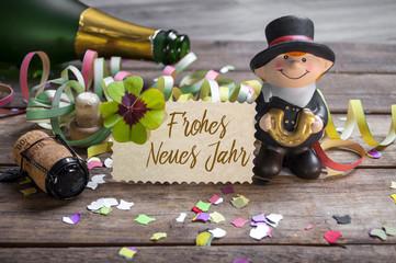 Silvesterkarte mit Konfetti Kleeblatt und Schornsteinfeger 2019 Happy New Year Frohes neues Jahr