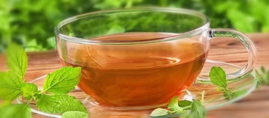 Tee und Kräuter