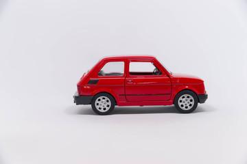 Obraz Samochód zabawka czerwony fiat 125p - fototapety do salonu