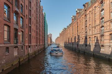 Hamburg - Hafencity - Lagerhäuser am Fleet