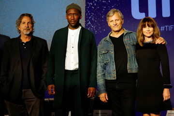 "Director Peter Farrelly, actors Mahershala Ali, Viggo Mortensen and Linda Cardellini attend a news conference to discuss the movie ""Green Book"" at the Toronto International Film Festival in Toronto"