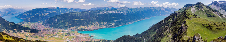Berner Alpen, Interlaken, Thunersee und Brienzersee, Schweiz, Panorama Berner Oberland, Berge im Sommer, wandern
