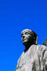 日和山公園の松尾芭蕉像