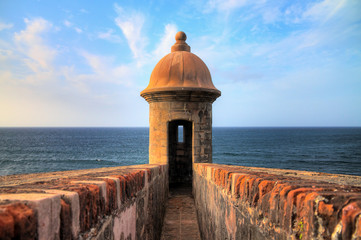 Foto op Aluminium Centraal-Amerika Landen Beautiful sentry box (Guerite) at Fort San Cristobal in San Juan, Puerto Rico