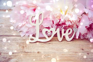 Grußkarte - Love - Pfingstrosen mit Bokeh - Frühlingsblumen
