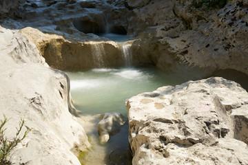 Der Fluss Mirna nahe dem Dorf Kotli in Istrien in Kroatien