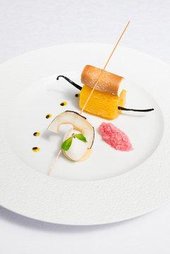 cuisine gastronomie Entrée Plat dessert coloré exotique