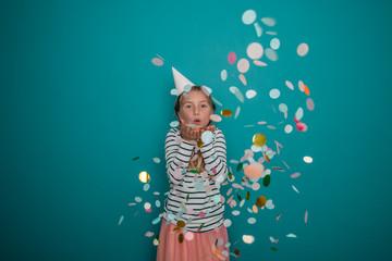 Kind Party Geburtstag Konfetti