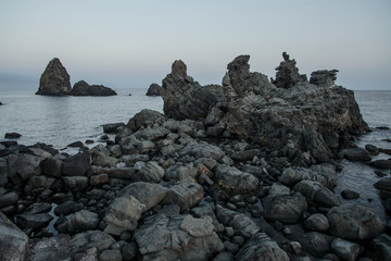 erkalteter Lavastrom des Ätna auf Sizilien