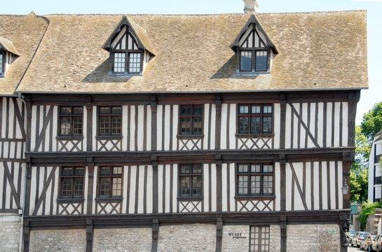 Ville de Vernon, le musée, vieille maison à colombages, département de l'Eure, Normandie, France