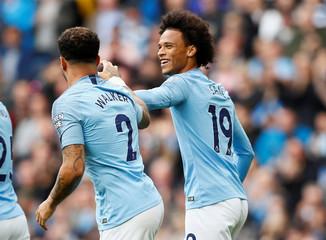 Premier League - Manchester City v Fulham