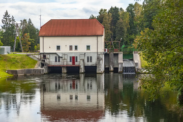 Elektrownia wodna na rzece Łynie