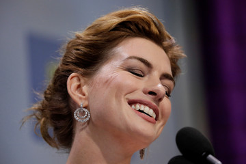Actress Anne Hathaway receives an award at the HRC dinner in Washington