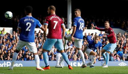 Premier League - Everton v West Ham United