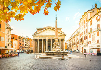 Fototapete - view of famous ancient Pantheon church with fountain in Rome, Italy at fall