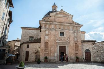Chiesa nuova ad Assisi, vista frontale