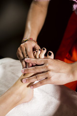Toothed foot massage