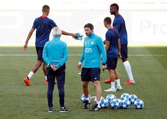 Champions League - PSV Eindhoven Training