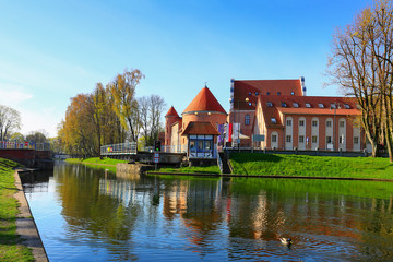 Fototapeta kanał Łuczański w Giżycku, zamek krzyżacki
