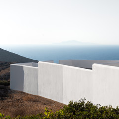 Cycladic Minimalism and island landscape