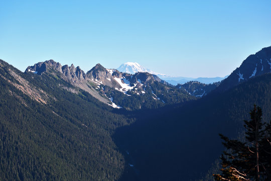 Cascade Mountains with Mount Rainier in distance
