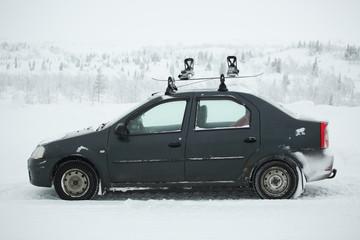 Car with ski rack on top