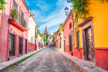 Beautiful streets and colorful facades of San Miguel de Allende in Guanajuato, Mexico Wall mural