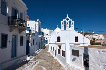 La pose en embrasure Santorini Amorgos Chora Streets and Places