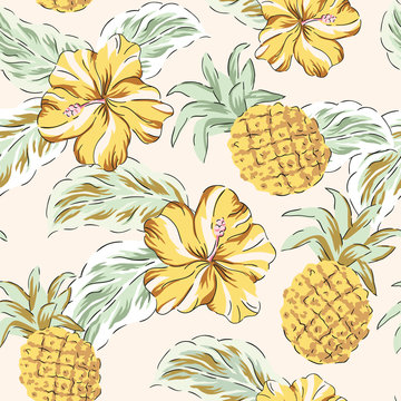 Tropical yellow hibiscus flowers, green palm leaves, pineapples background. Vector seamless pattern. Jungle illustration. Exotic plants and fruits. Summer beach floral design. Paradise nature