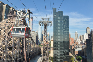 Cable car to Roosevelt island in New York Wall mural