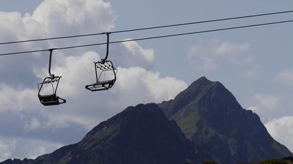 Sessellift Alpenlandschaft Sommer