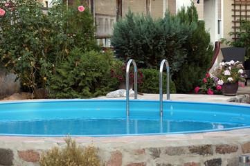 Pool im eigenem Garten