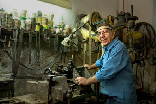 Portrait of a Cuban mechanic