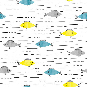 Seamless sea pattern with watercolor fish.