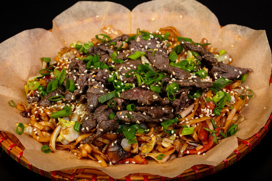 Fried noodle with beef