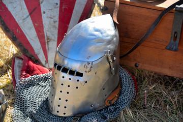 heaumes et casque médiéval