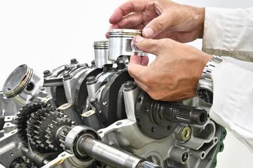 大型バイクエンジンの修理