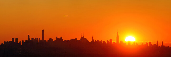 Wall Mural - New York City sunrise silhouette