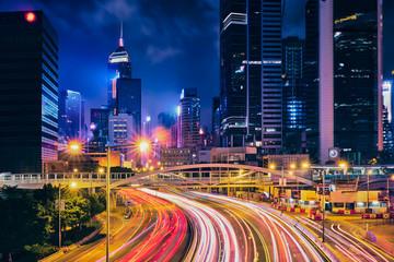 Street traffic in Hong Kong at night Fotobehang