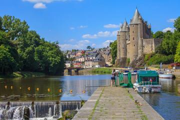 Josselin, Bretagne, le passage de l'écluse