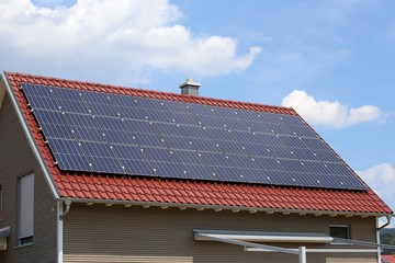 Solardach (Photovoltaikanlage)